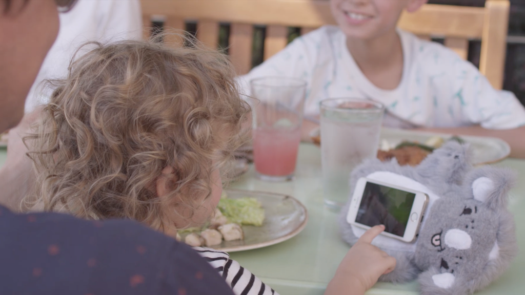 PawdPet: A Lovable, Huggable Smartphone case/holder for kids project video thumbnail