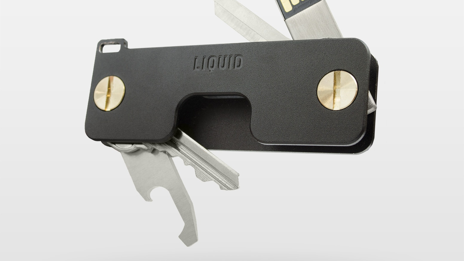 The elite level of key maintenance. A key holder designed to organize your keys and accessories.