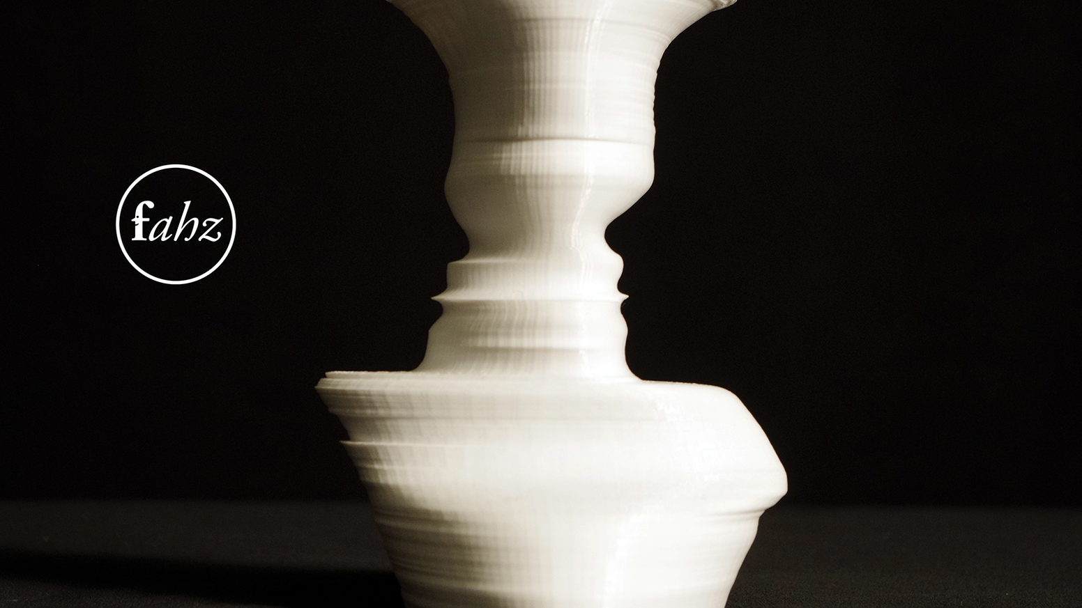 We transform your photos into a beautiful custom 3D-printed vase.