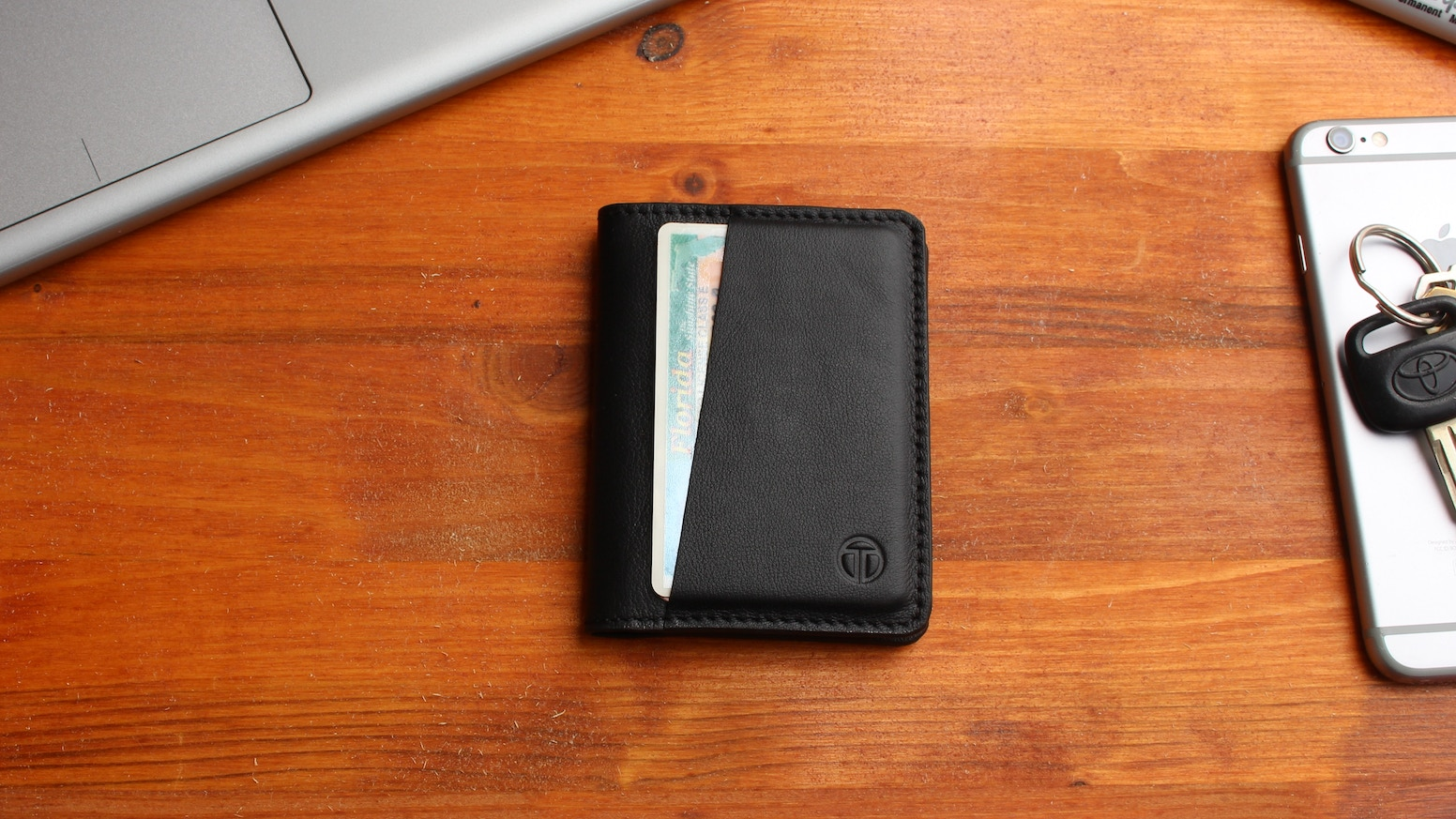 33516f21801 360° reversible bifold with optional RFID blocking. Secure, slim,  minimalist wallet for