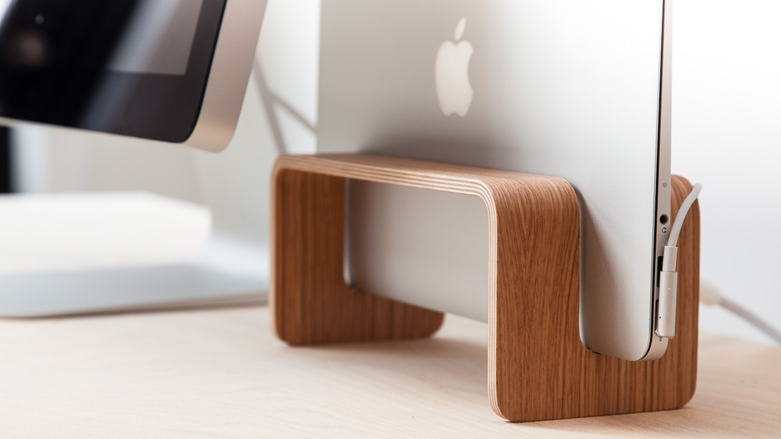 The MacBook Rack is a vertical MacBook stand. It class up your work space. It is Danish design - simple, functional and high quality.
