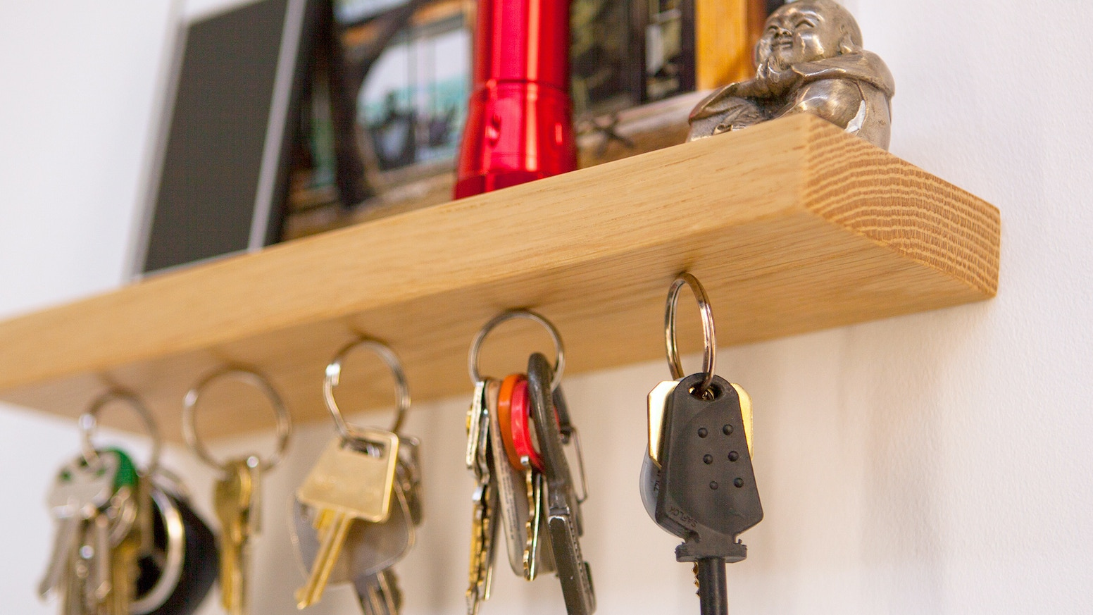 Rackless combines a magnetic key rack with a floating shelf, effortlessly  suspending up to 150