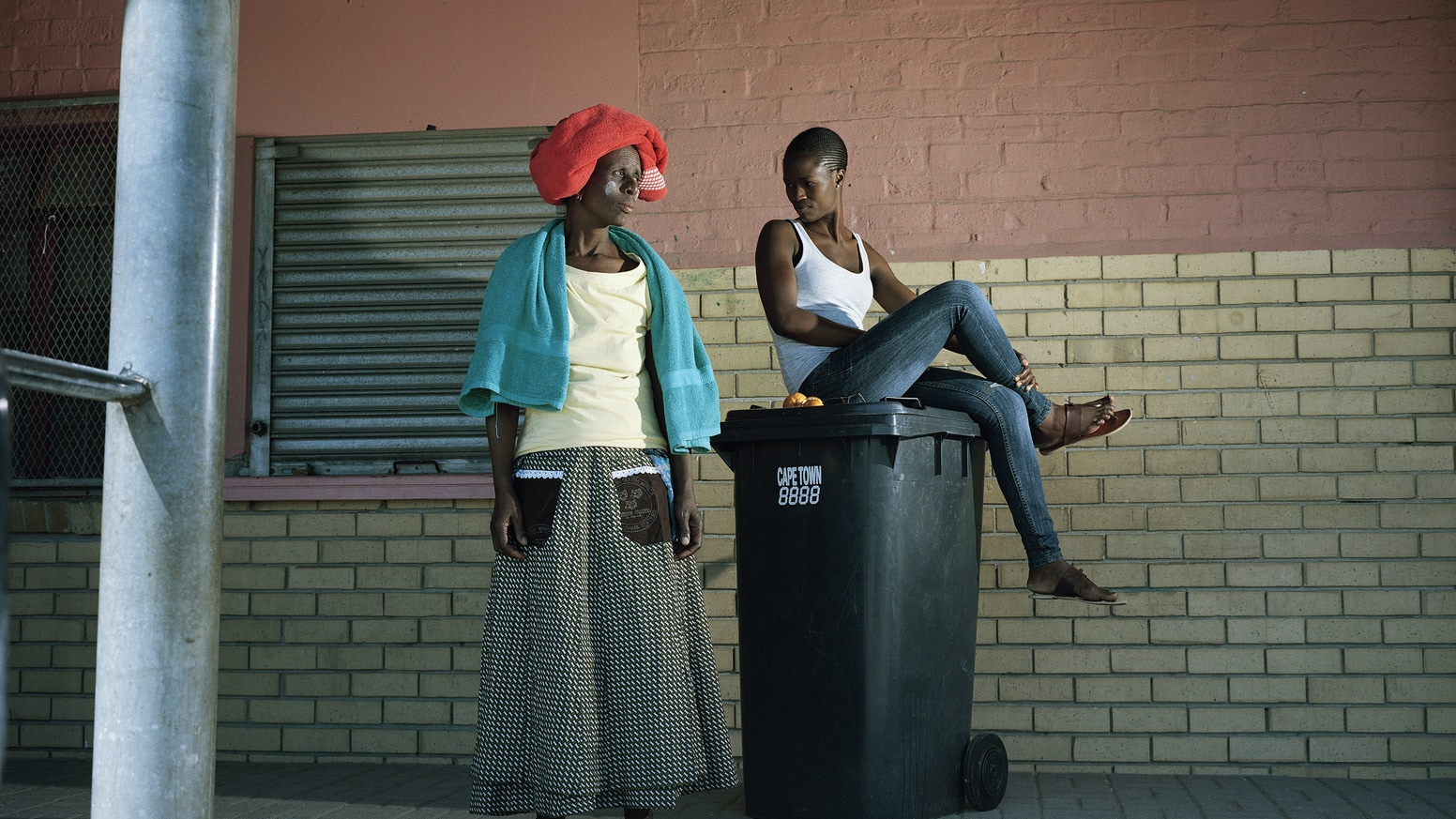 The daily lives, between ritual and community life of the Sangomas women, in a township near Cape town. Exhibit and book.