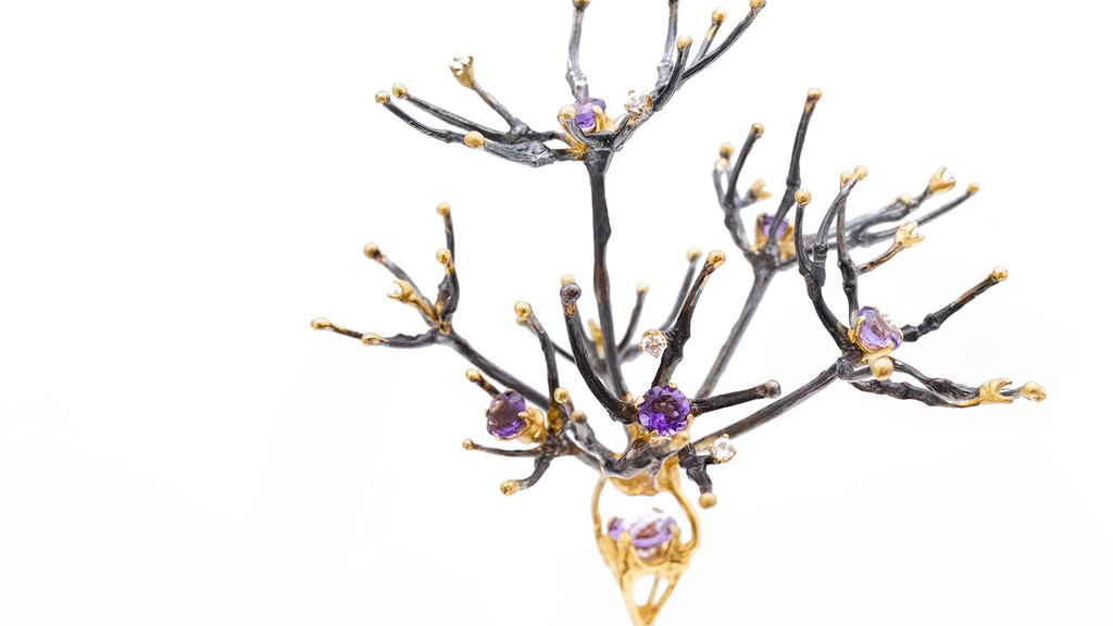 Help fund an exhibition of unique fine silver jewellery and neuroscience sculpture. Designed by an imaging neuroscientist and artist.