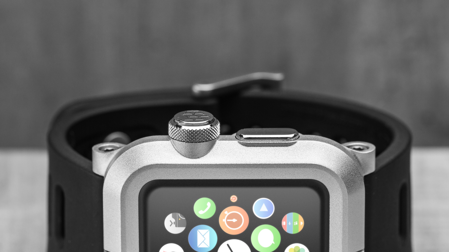 Transform your Apple Watch (42mm) into a ruggedly refined wearable companion.