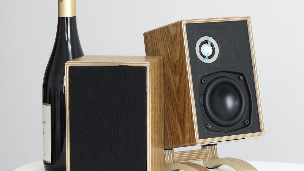 'Little British Monitor' - Audiophile Desktop Speaker project video thumbnail