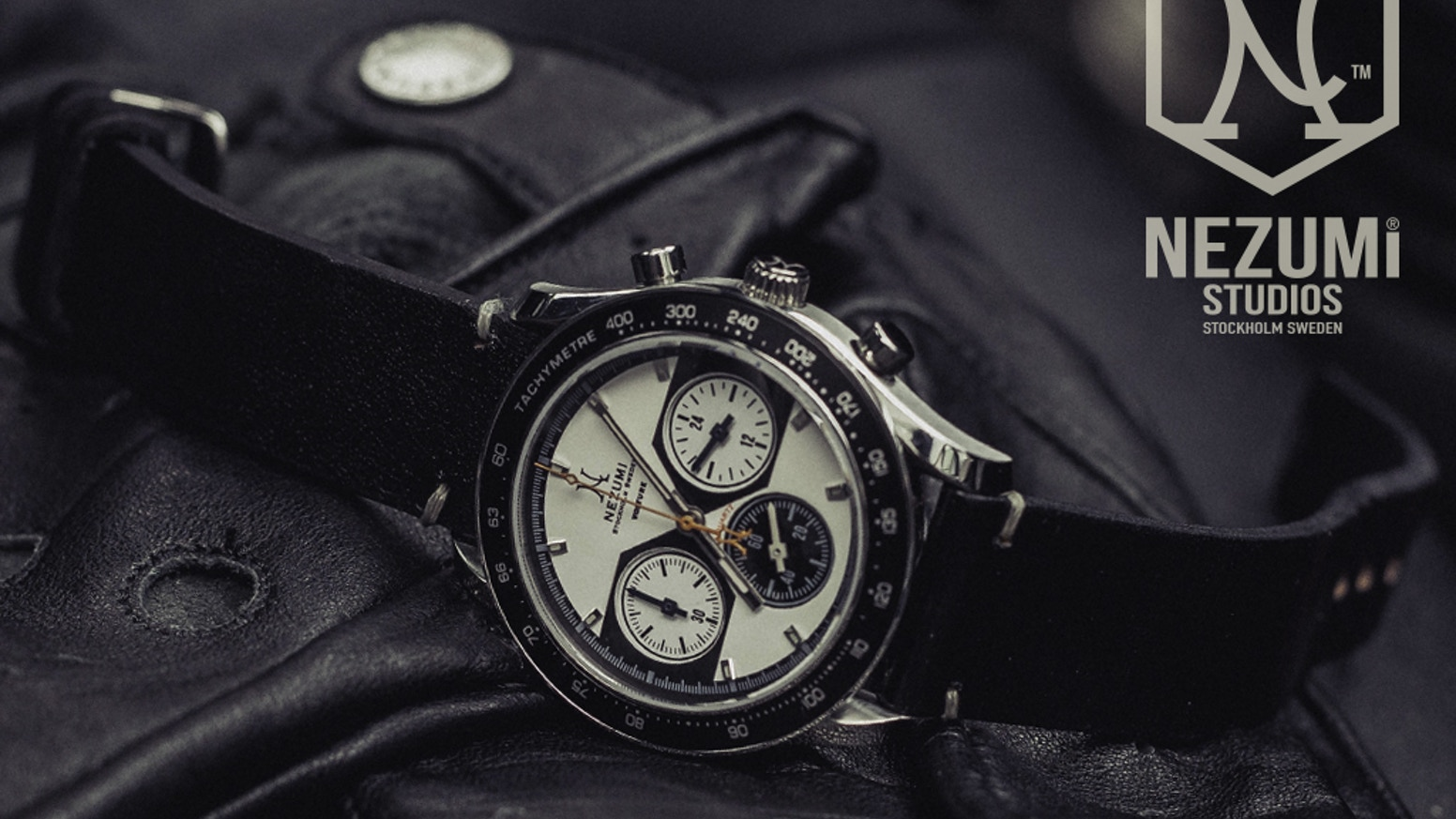 The NEZUMI® Voiture is a true classic chronograph inspired by the 60s and 70s racing era.