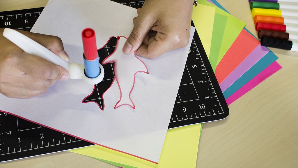 ColorCutter ShapeSHARK Cuts As You Draw Better than Scissors project video thumbnail