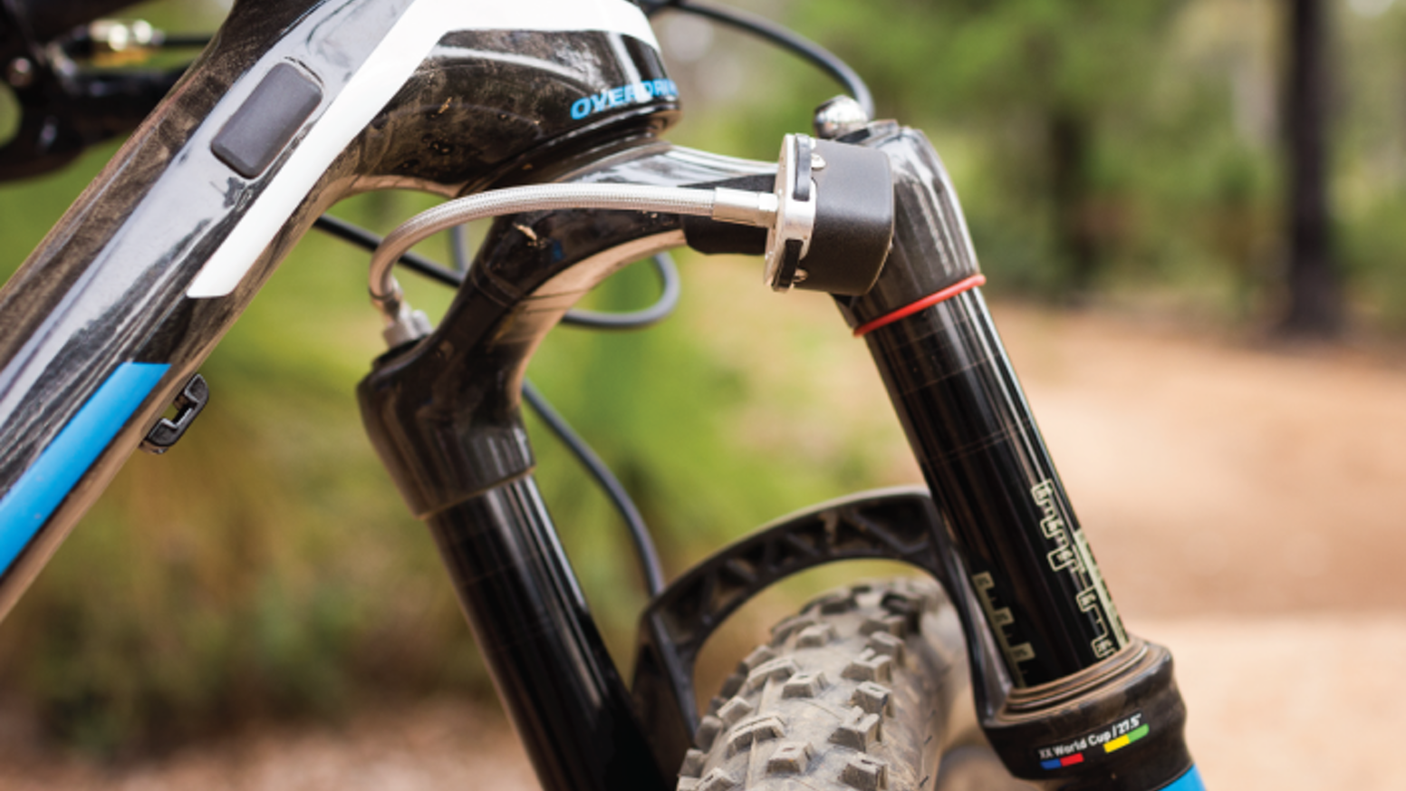 An innovative electronic gadget that automatically creates tuning recommendations for your bike suspension, while you ride.