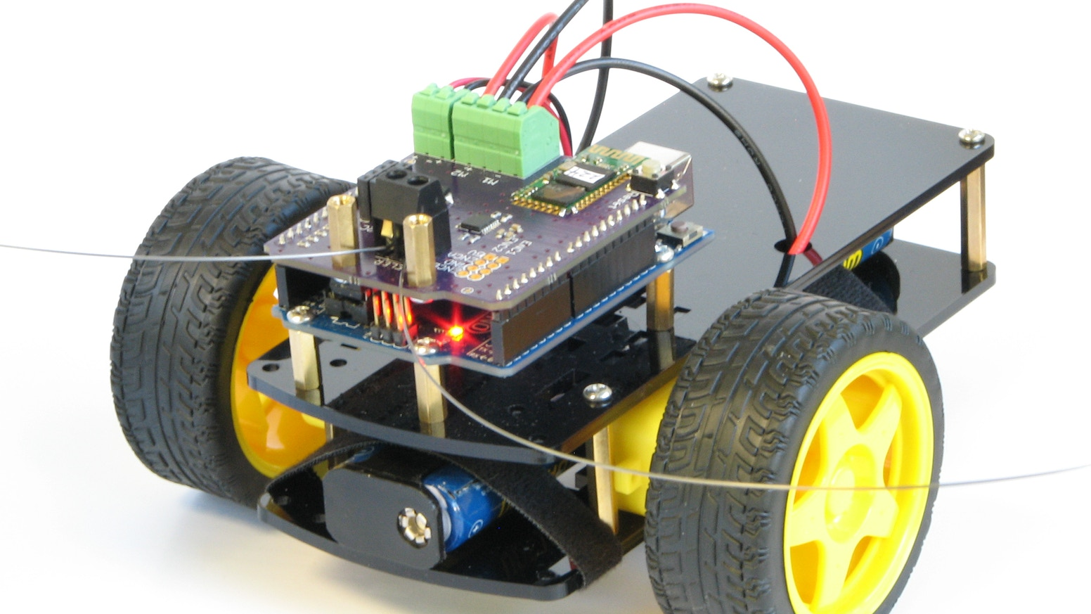 With BombiniBot, your challenge of teaching robotics and  programming to young kids is much simpler.