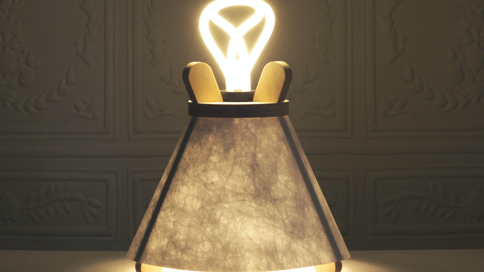 Lavu Lamp: Scandinavian design and tradition in a table lamp by Tom
