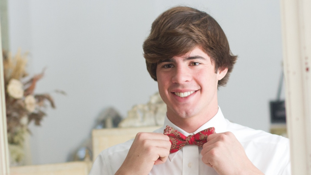 The Classic-Tied Bow Tie project video thumbnail