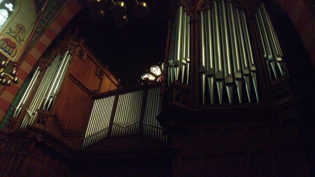 Fusion: Jonathan Ryan records the organ in Dudelange project video thumbnail
