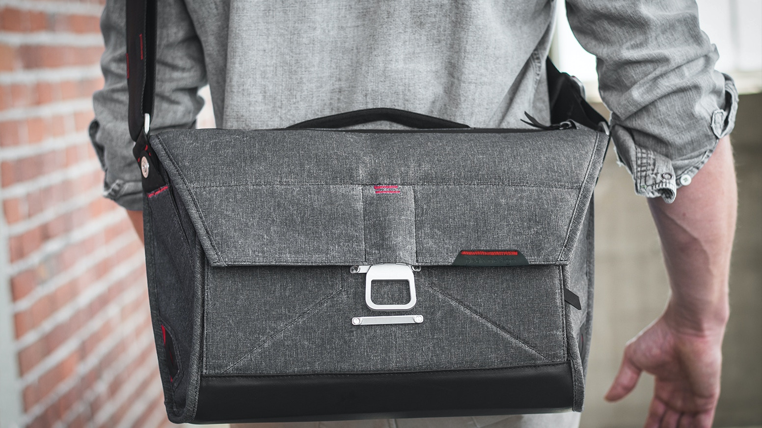 Kickstarter's most funded bag ever. Beautiful, intelligent and adaptable, The Everyday Messenger is a giant leap for bag-kind.