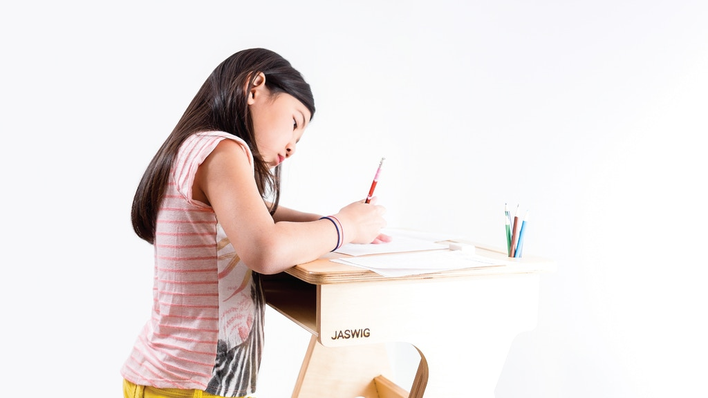 JASWIG: Height-adjustable, wooden standing desk for everyone project video thumbnail
