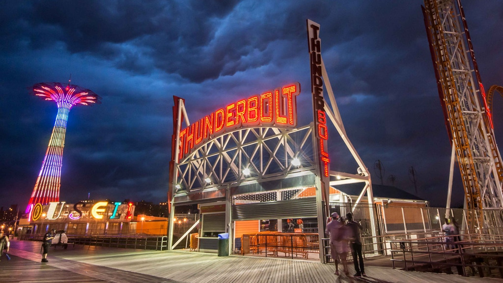 2016 Coney Island Photo Calendar Made in Brooklyn, NYC project video thumbnail