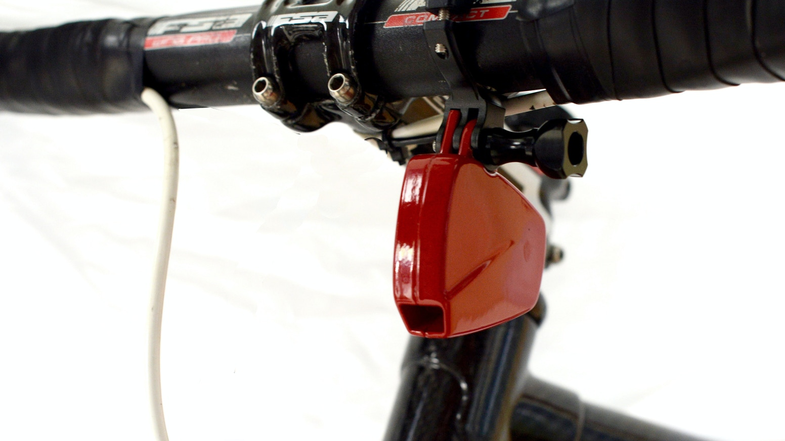 PowerPod is a revolutionary power meter that mounts under the handlebars, providing superior accuracy, portability, and affordability. Now available at powerpodsports.com