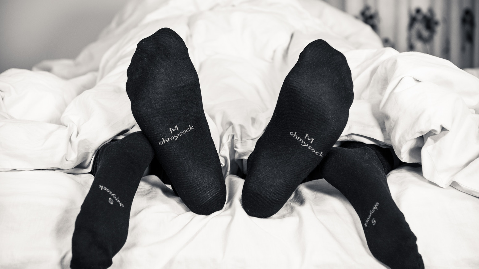 Black bamboo socks that breathe so your feet stay odour-free all day.