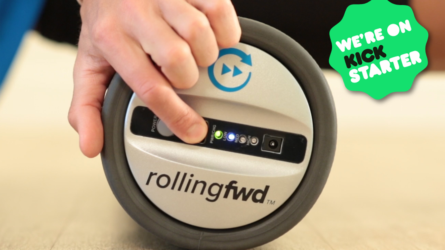 Faster recovery and better performance with high-tech vibration foam rolling. Keep rolling forward!