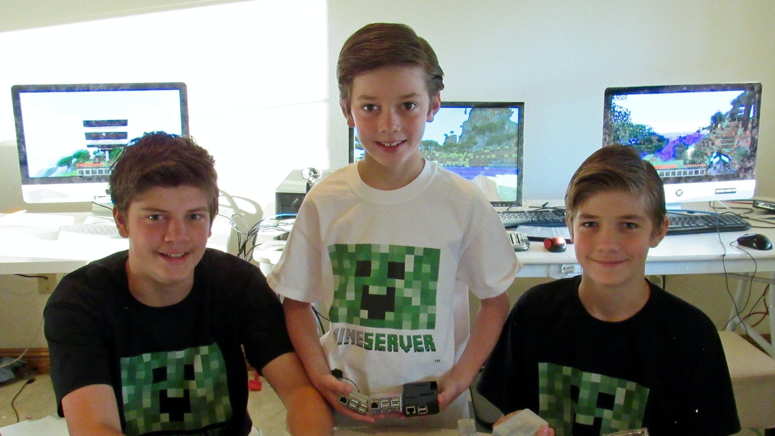 Mineserver™ -- A $99 Home Minecraft Server by Mineserver LLC