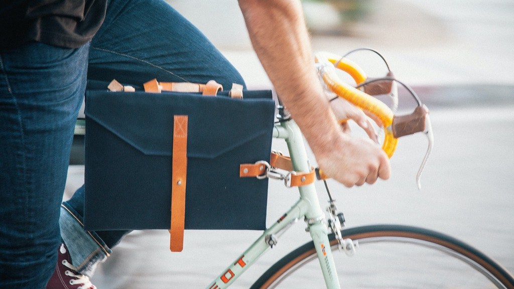 The Perfect Bag For Your Daily Commute by JAAR project video thumbnail