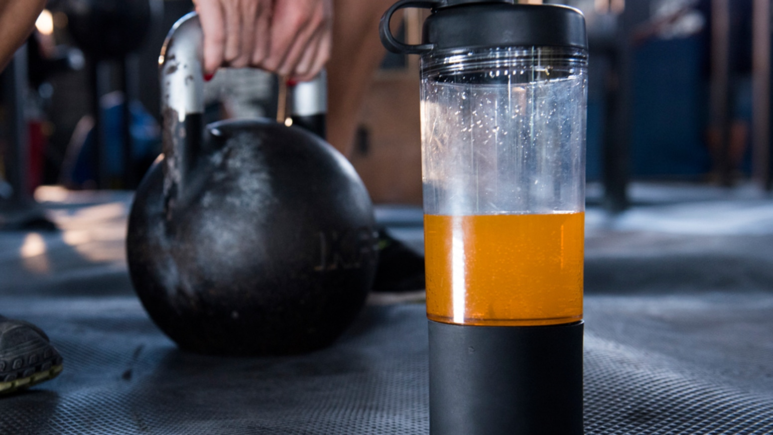 A Hybrid Shaker Bottle that allows you to store and release your supplement, whenever and wherever you want.