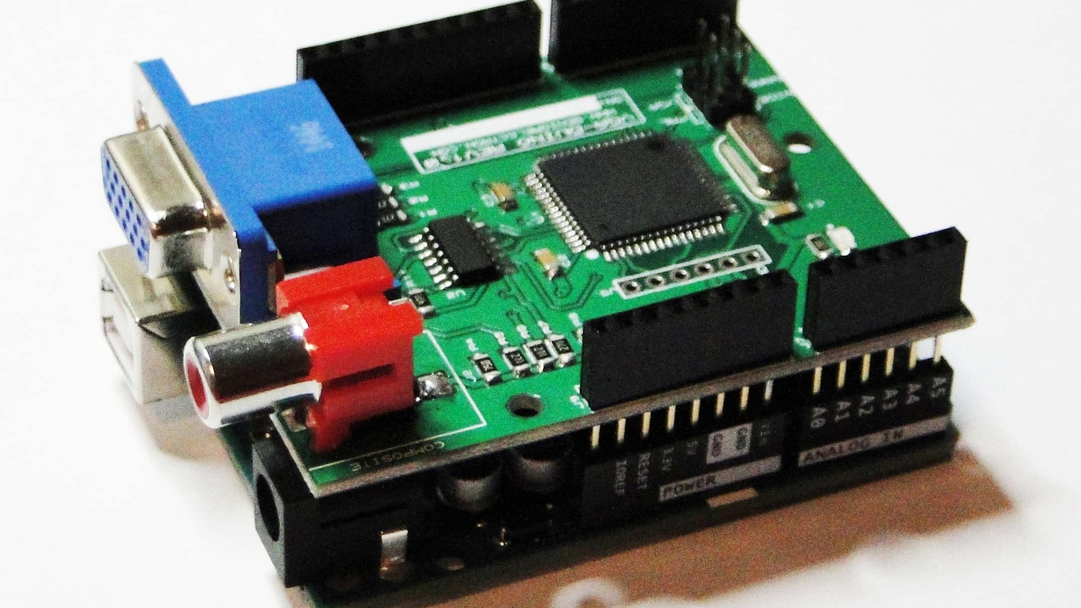 VGA GRAPHIC SHIELD FOR ARDUINO WITH RGB/AV TV/MONITOR PORTS