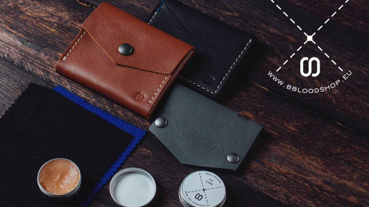 Everyday leather essentials for all your needs - made by hand in Europe
