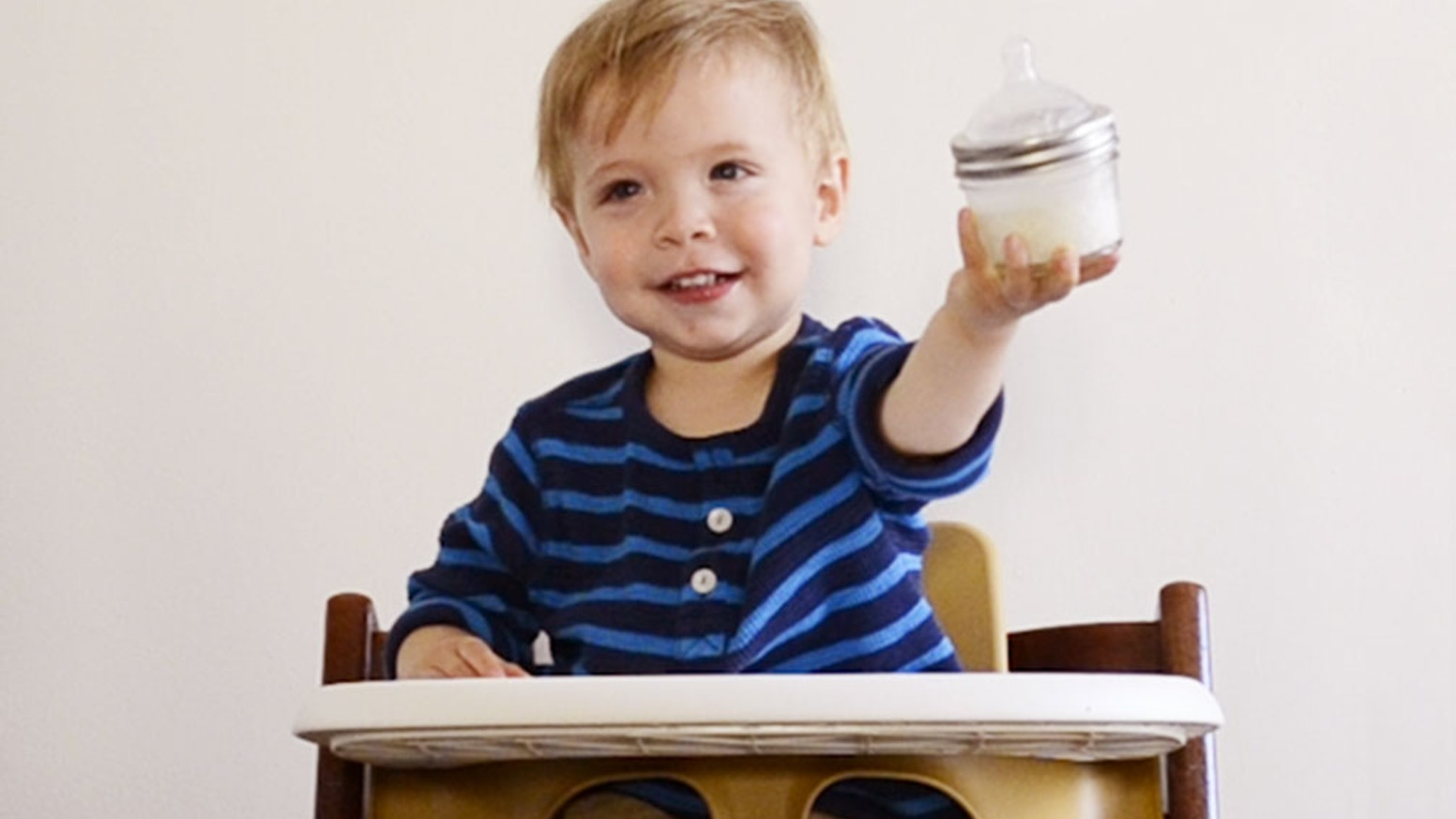 The glass baby bottle made with mason jars.   Non-toxic. Affordable. A baby bottle that's better for babies and for the planet.