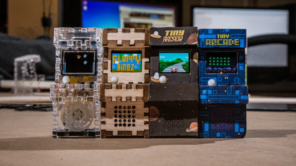 Tiny Arcade – A Retro Tiny Playable Game Cabinet project video thumbnail