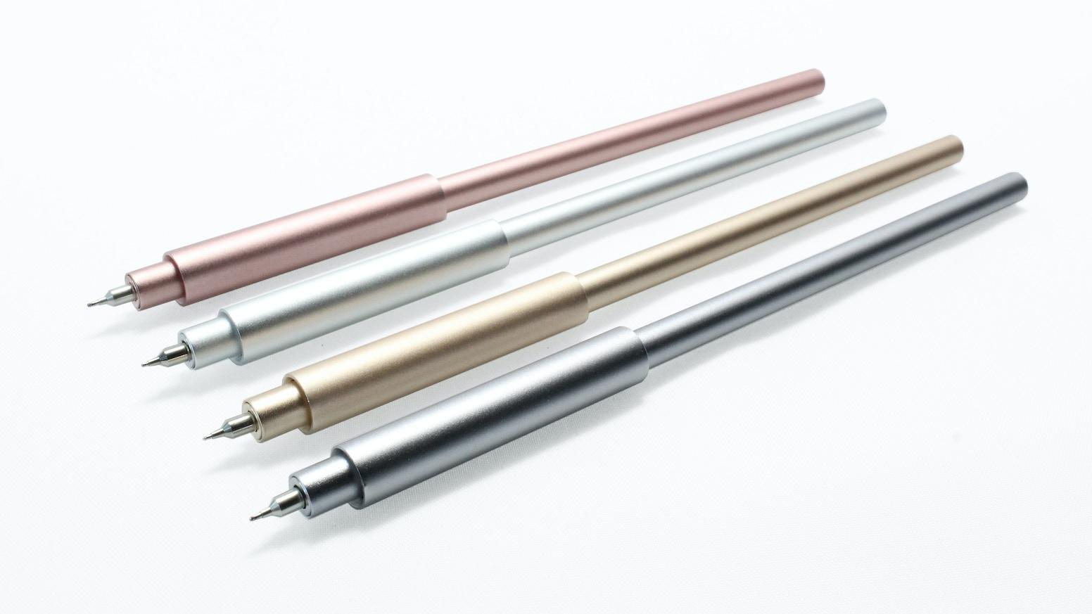 Pen Uno is a super slim all aluminum pen that uses the Hi-Tec-C Coleto gel ink cartridge.