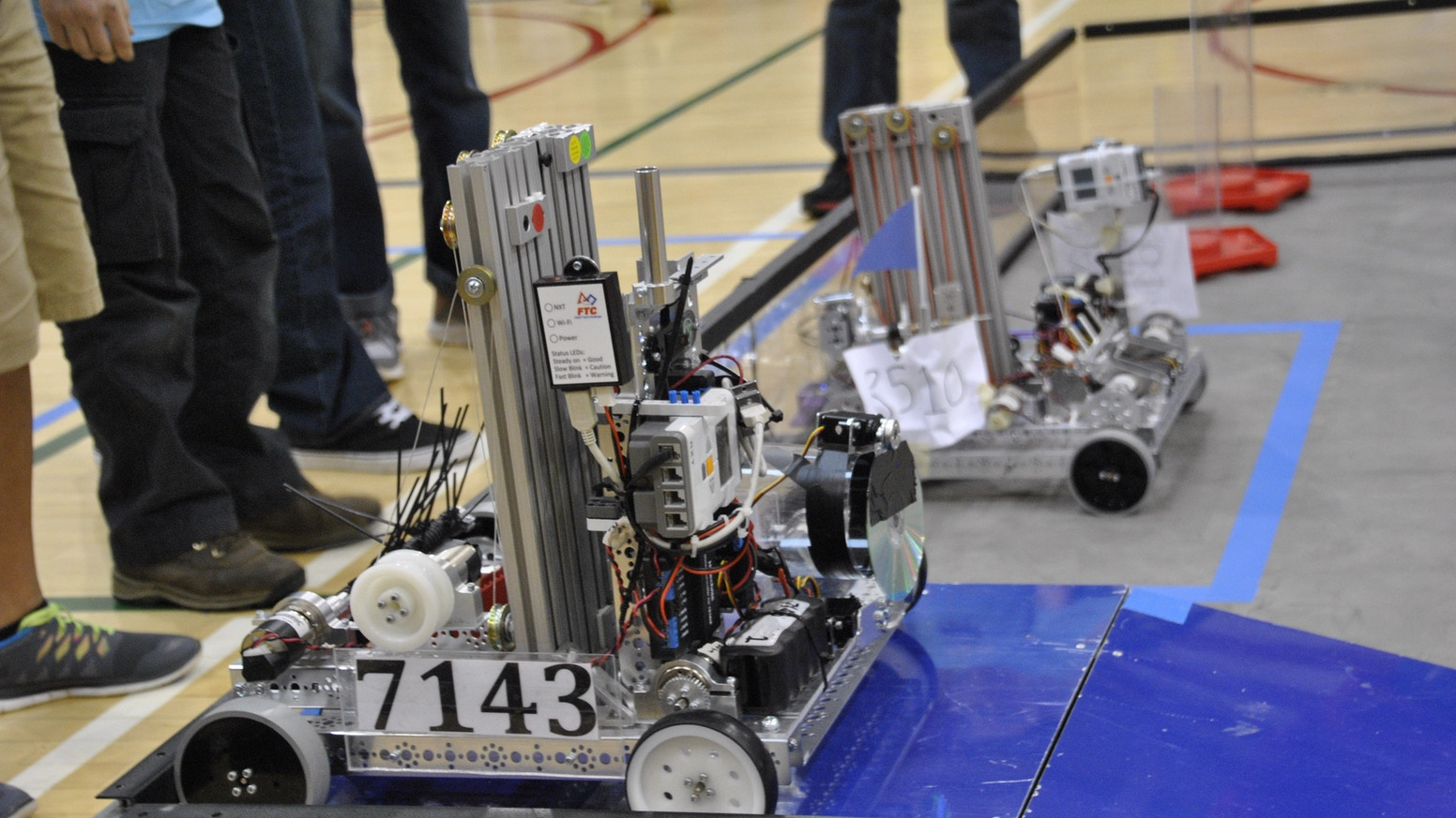 FIRST FTC Student Robot Construction Team #7143 by Fluid ...