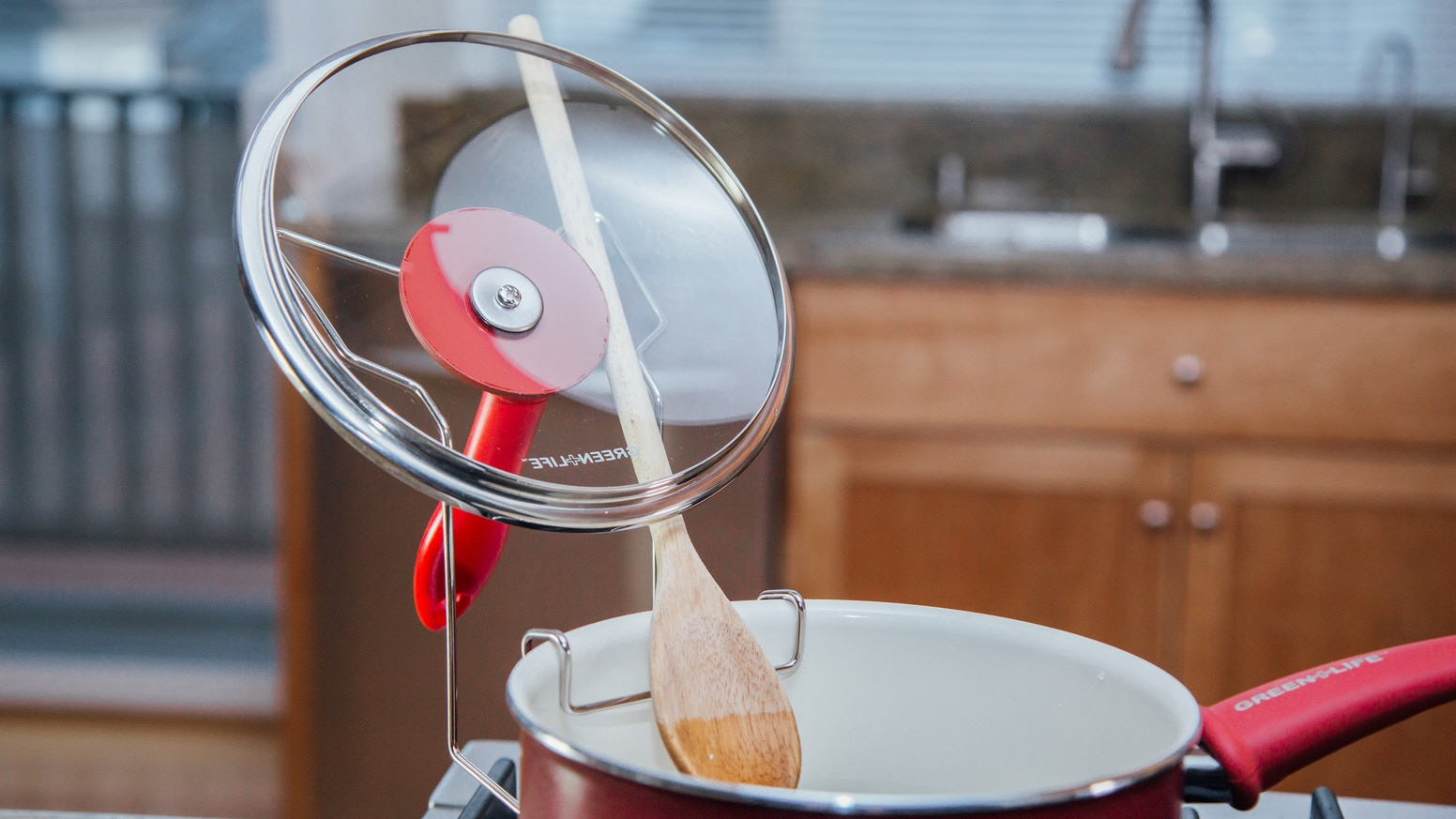 Lidsitter Will Hold Your Ipad Tablet Cookbook On Counter And Allow Lids Ladles