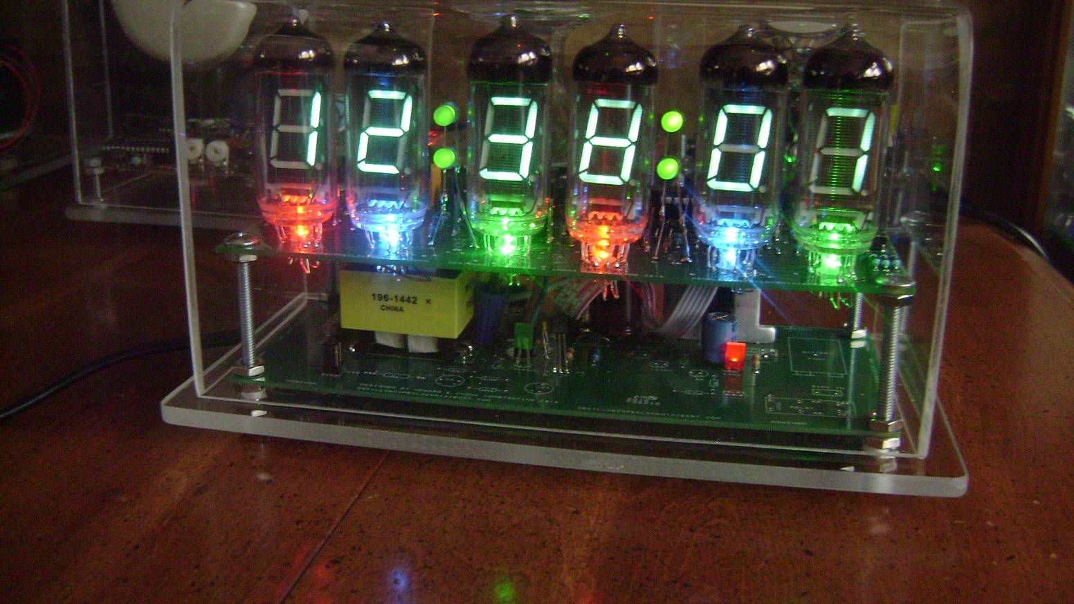 The Vfd Clock Using Iv 11 Tubes With Rgb Led Underlighting By Howard Fashion Lighting Controller Circuit Schematic Circuits