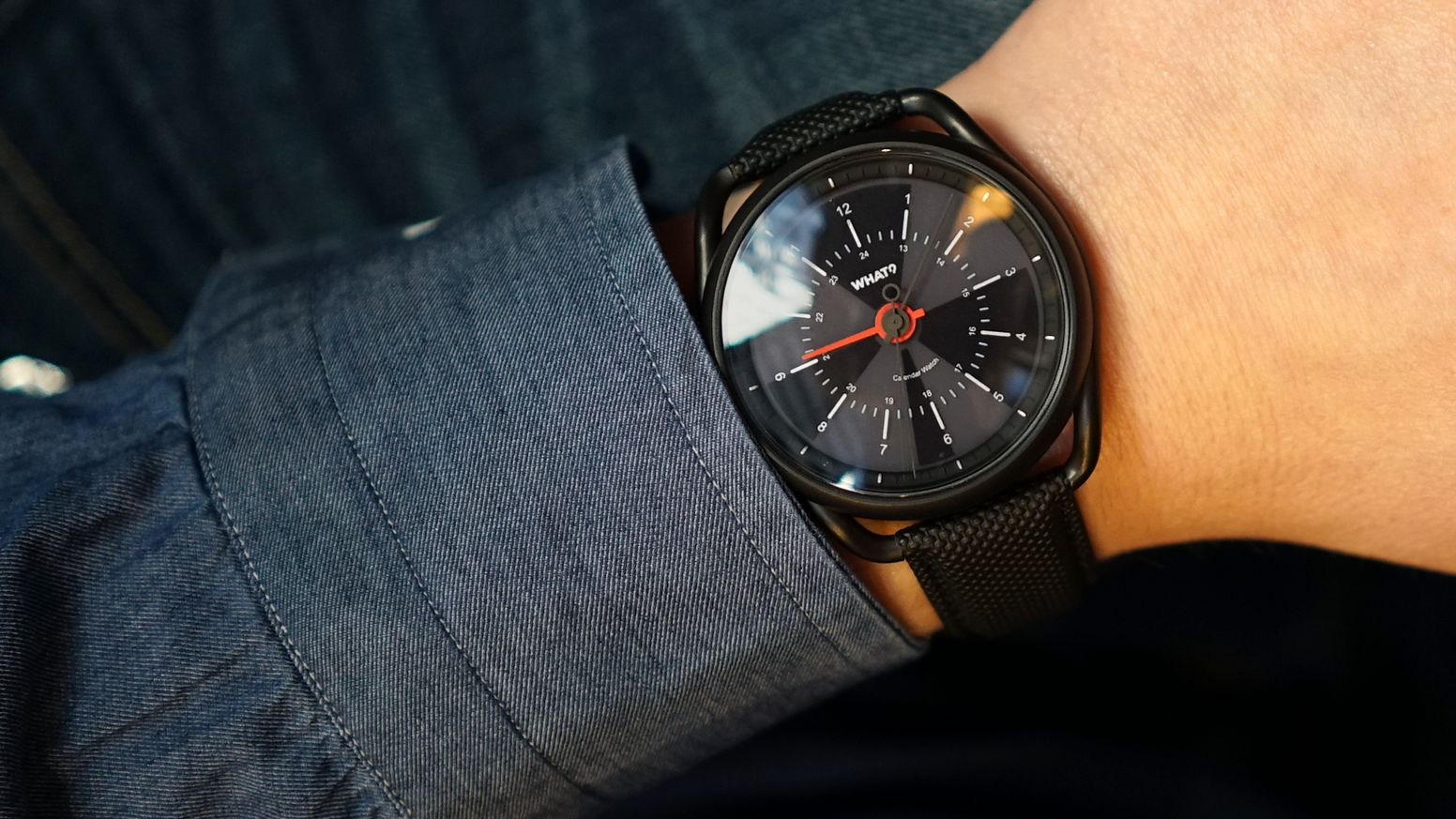 Calendar Watch combines iconic watch design with your favorite digital calendar