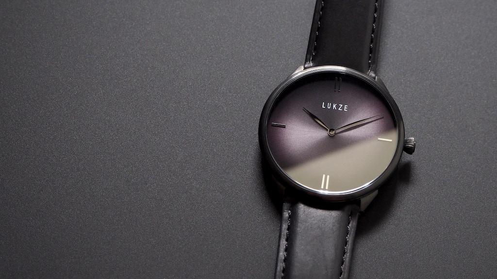 Clarity watch - the Art of Elegance