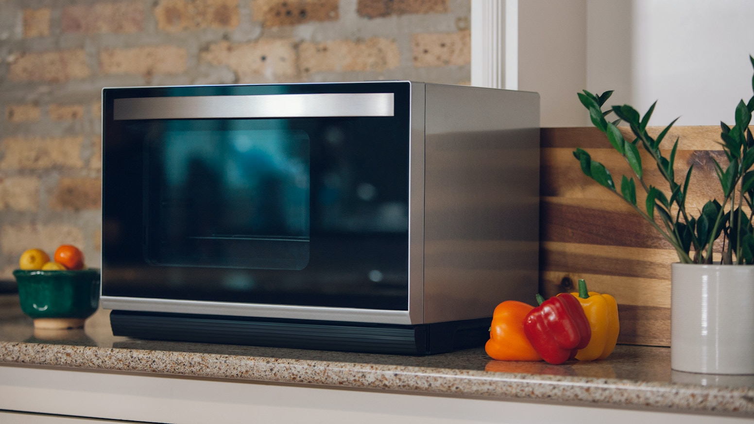 Tovala is a multi-function smart oven and food-delivery plan that work together so you can enjoy delicious, fresh home cooking quickly.
