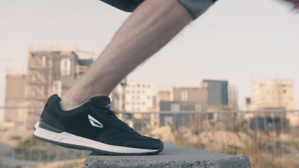 JIYO Flow Shoe - specialized for parkour and freerunning project video thumbnail