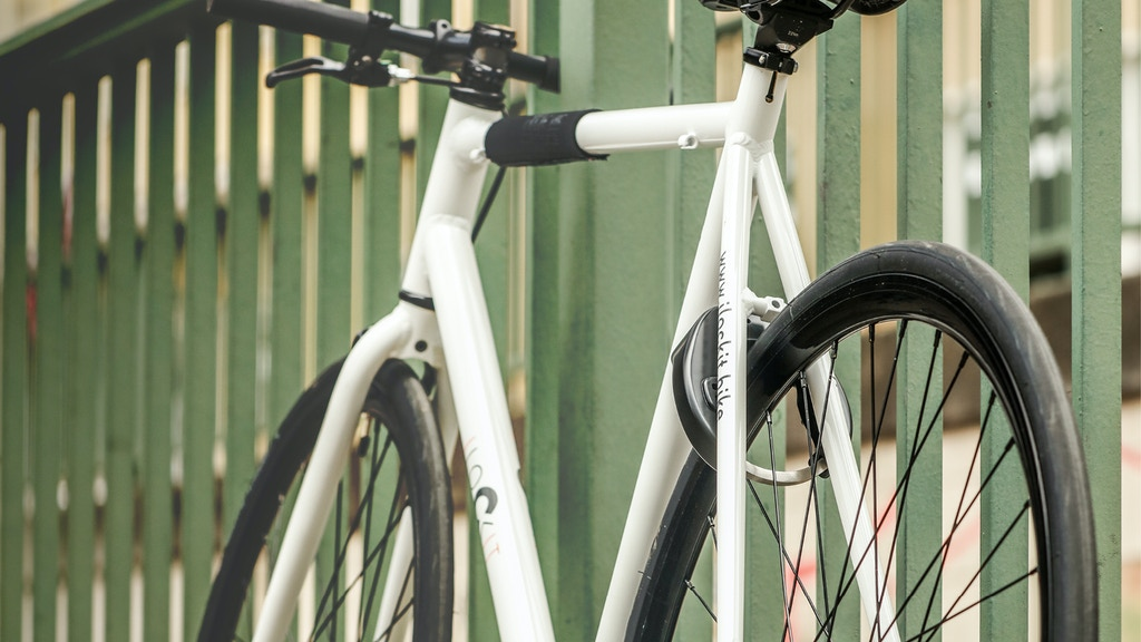 I LOCK IT - The world's first fully automatic bike lock project video thumbnail