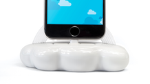 Cloud 9 - charging dock for Apple iPhone and others