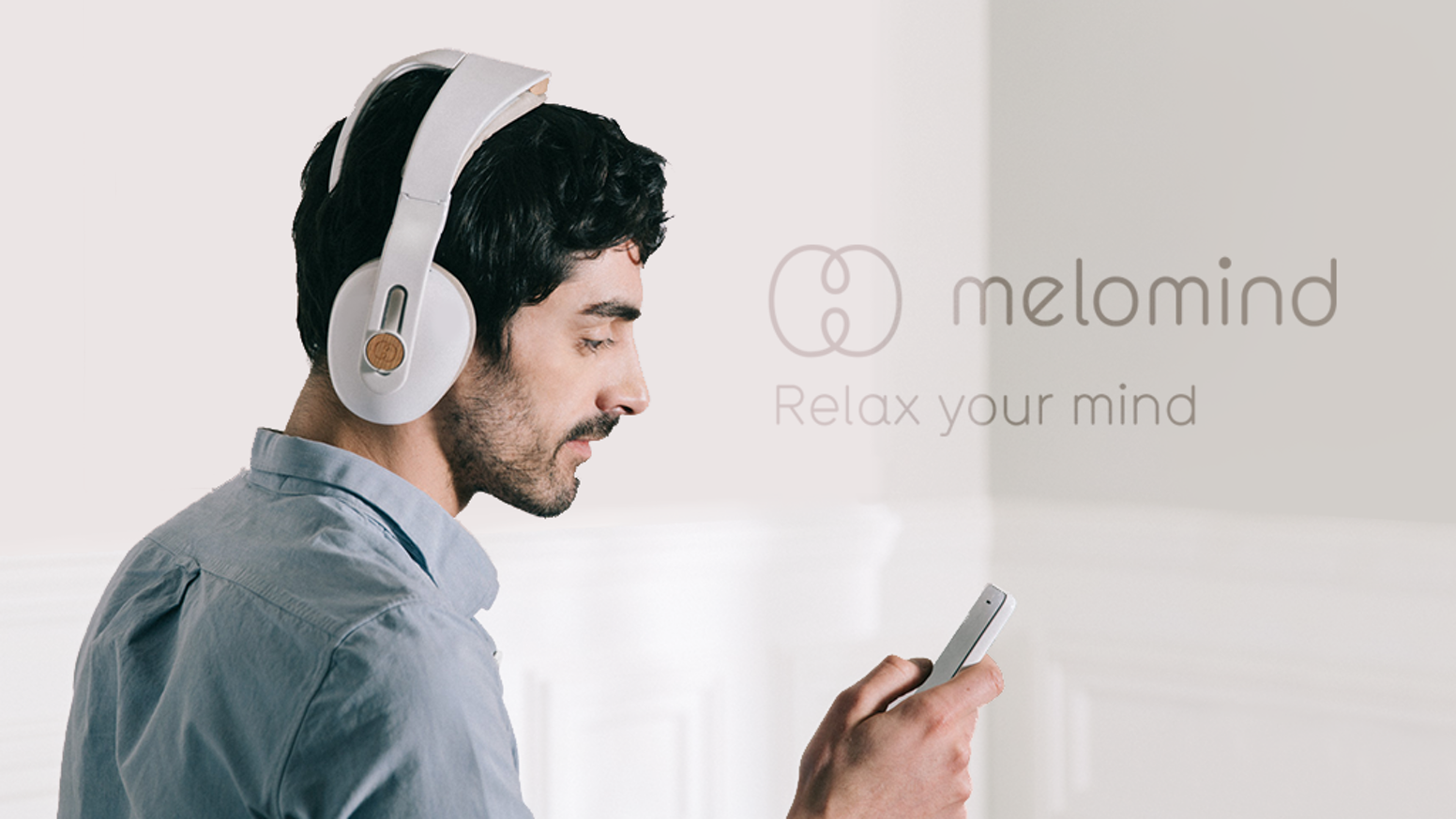 Based on electroencephalographic (EEG) technology, melomind headphones teach you how to relax efficiently and improve your daily life.