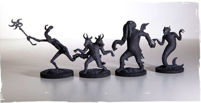 Nyarlathotep, Shub-Niggurath, Cthulhu and Dagon. The sizes of the miniatures range from 5 to 7 centimeters.