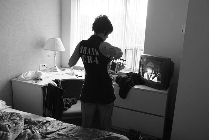 Shank gets ready before a bout in Hamilton, Canada