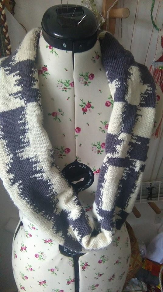 knitted sound wave scarf