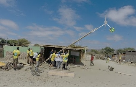 Raising a Turbine in Playa Blanca