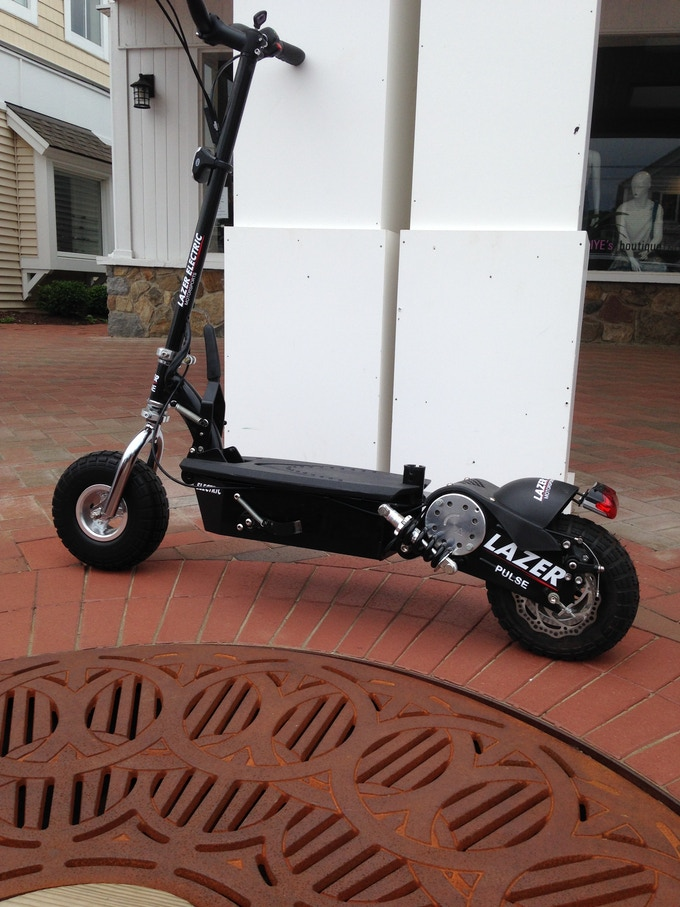 LAZER PULSE Electric Scooters