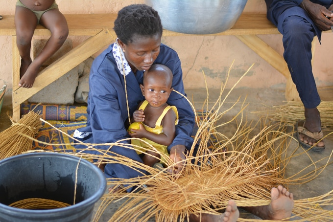 Basket Weaving Groups : Many of our weavers are now so busy basket weaving that