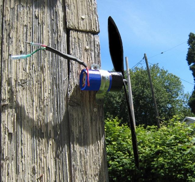 Small Wind Turbine Generator Blue Edition