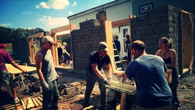 Modular House Workshop - Factor e Farm (Missouri, US) - 2014 (click for more info)