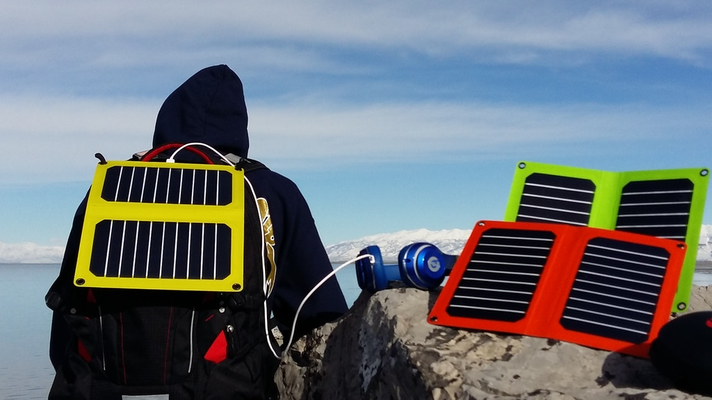 Powerleaf :Intelligent Solar Charger with A-Grade Materials project video thumbnail